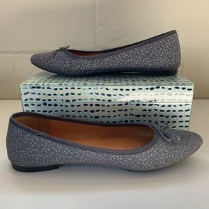 Super Cute Gap Pointed-Toe Flats